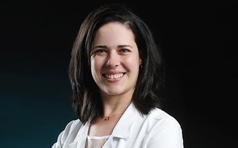 Dra. Nívia Olímpia Barbosa Silva